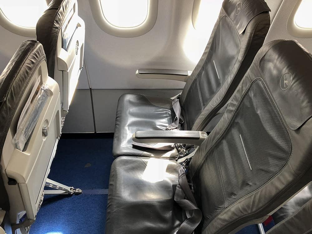 Lufthansa A320 Standard Seat
